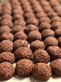 Raw No-Bake Superfood Balls