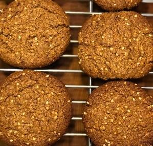 sesamealmondbuttercookies